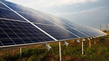 Arizona bringt den bisher größten Solarpark ans Netz