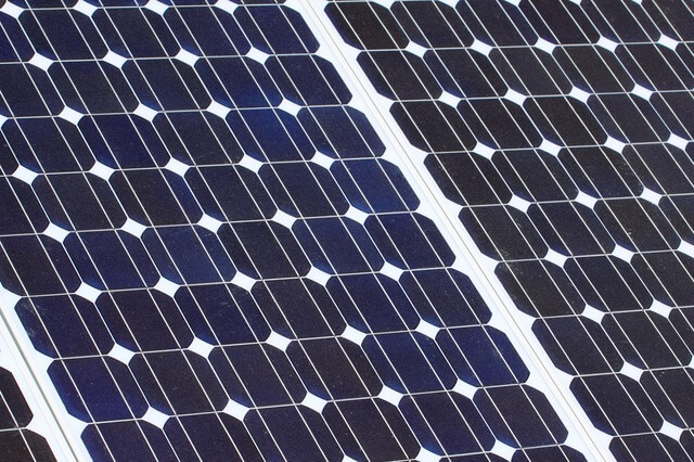 Neues Material – Solarenergie möglicherweise zum halben Preis