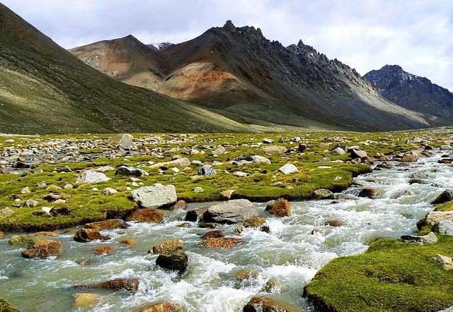 Deutsches Unternehmen erhält Wasserkraft-Aufträge im Himalaya