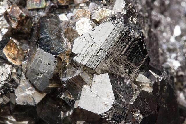 Perowskit-Kristall: Neue Solarenergiequelle