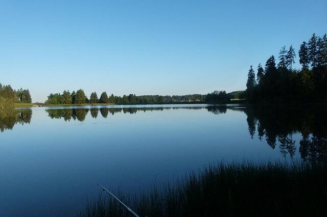 Bundesland voller Seen und Flüsse – kaum Wasserkraftnutzung