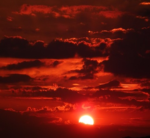 Sonne hilft bei Erdölförderung