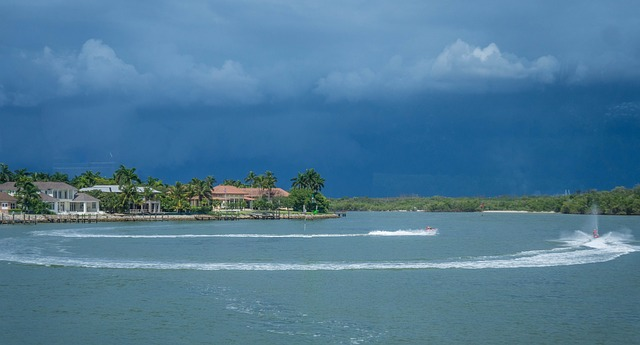 """""""Hydroelectric House"""" – schwimmendes Haus nutzt Energie aus dem Meer"""