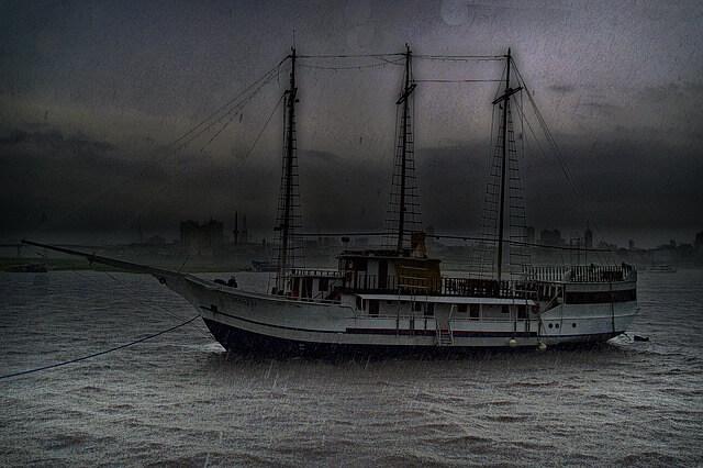 "Beschlagnahmung des Greenpeace-Schiffs ""Arctic Sunrise"" in Spanien"