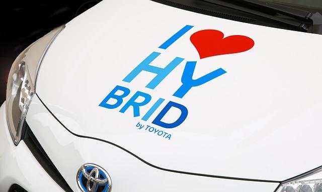 Toyota präsentiert Wasserstoffauto Mirai