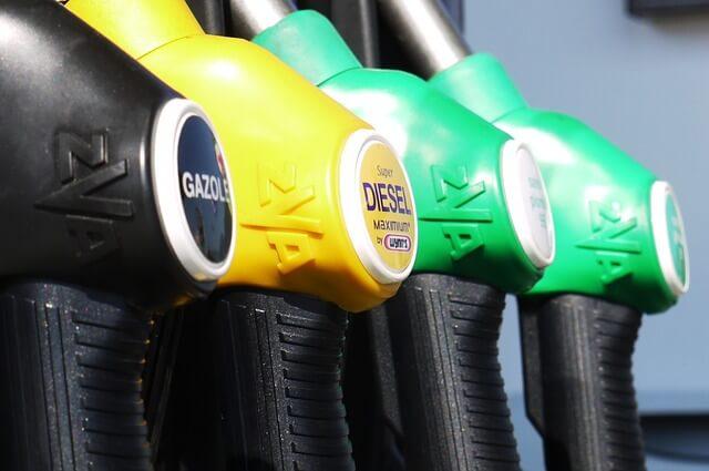 2014 hatte das günstigste Benzin seit vier Jahren