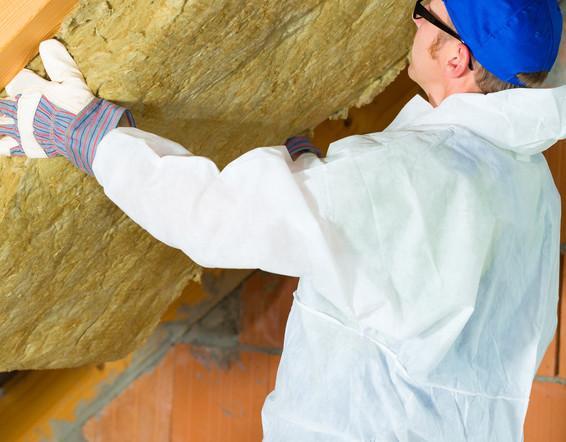 So können Sie kostengünstig Ihren Dachboden dämmen