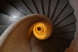 Treppensanierung statt Neubau – das spart Energie und bewahrt die Seele