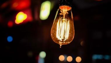 Die richtige Beratung: Damit der Strom bezahlbar bleibt